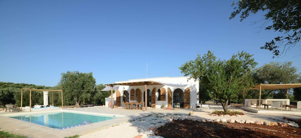 Cisternino villa in olive groove - Ceglie Messapica - Talo