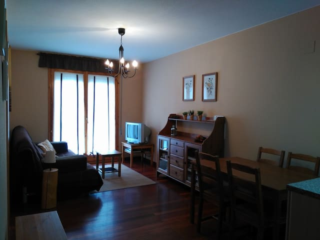 Apartamento confortable - Canfranc-Estación - Apartment