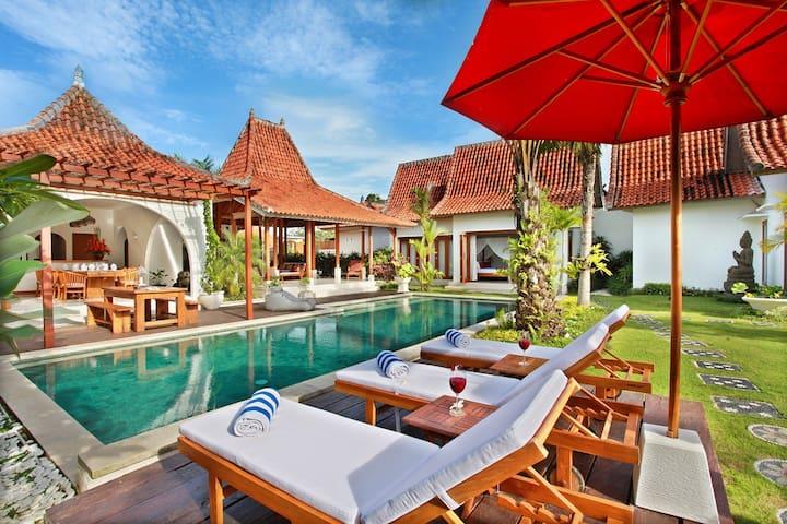 Luxury 5-Bedrooms Villa Nico