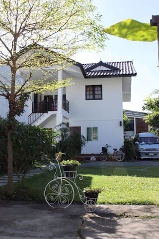 Chiang Mai, Kitti Rose Home Unit 2 - Muang - Huis