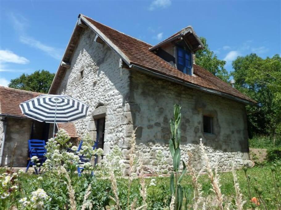 G te de charme cosy auvergne home maisons organiques for Auvergne location maison