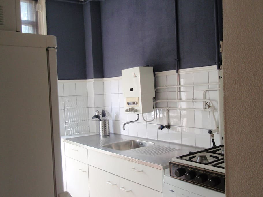 Private studio op top locatie in amsterdam flats for rent in amsterdam north holland netherlands - Outs studio keuken ...