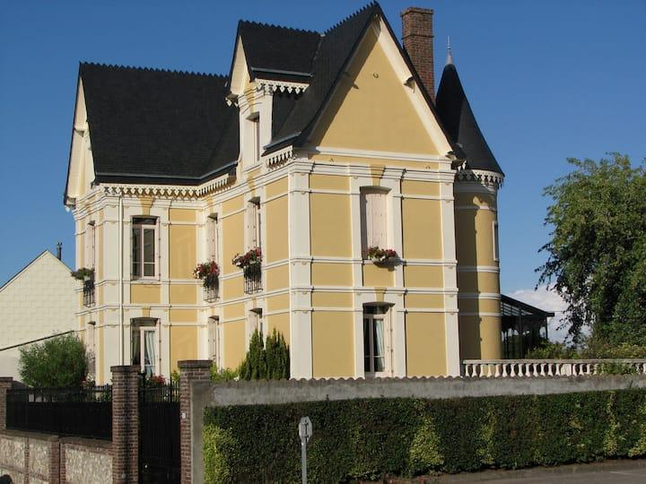 Chambre de la Tour en Normandie
