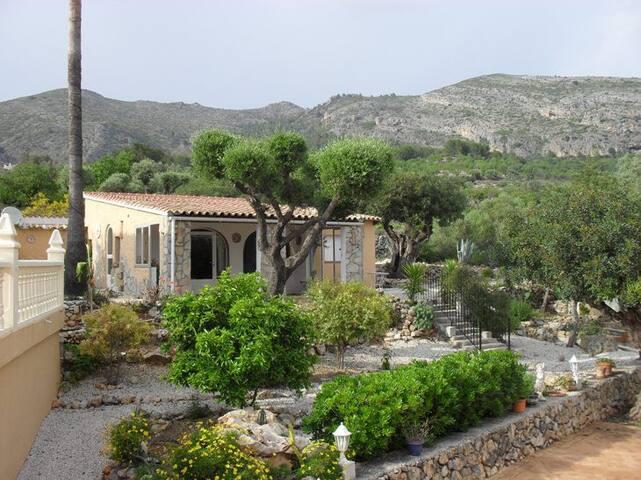 Villa Paloma 6 personen gedeeld zwembad