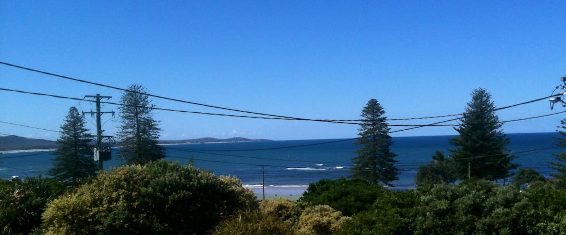 Spectacular views from beach house - Brooms Head - House