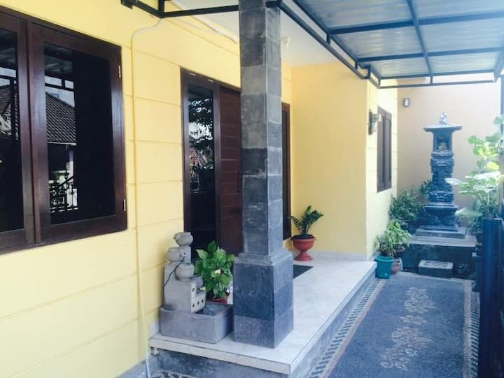 REAL life Balinese experience for just €10 a night