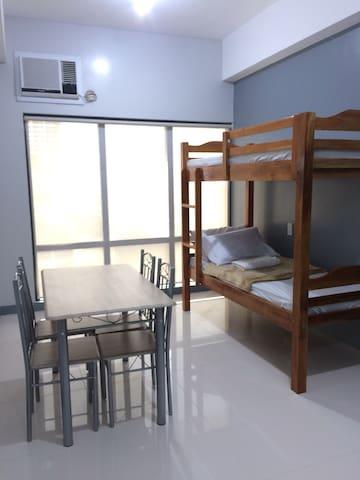 UST Apartment SL12
