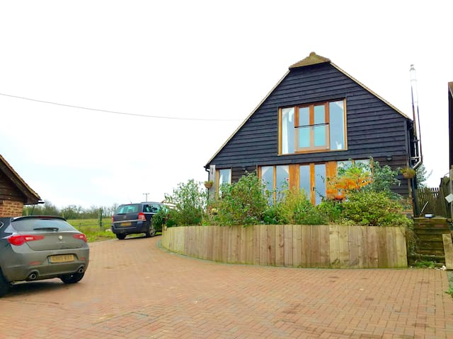 Oak frame Eco house. Sea views - Yorkletts, Whitstable