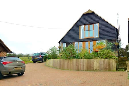 Oak frame Eco house. Sea views - Yorkletts, Whitstable - บ้าน