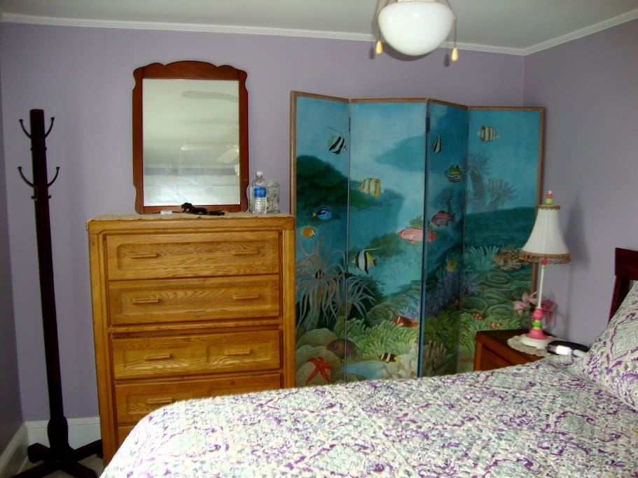 HAND PAINTED MURAL OF SEA CREATURES