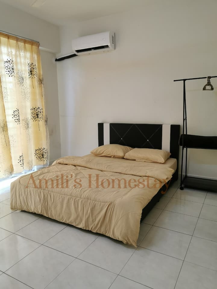 Amili's Homestay give a comfort home for you.