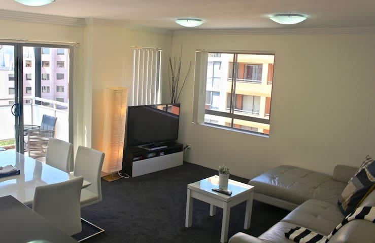 Great 3BR Apt Darling Harbour (free parking) 19