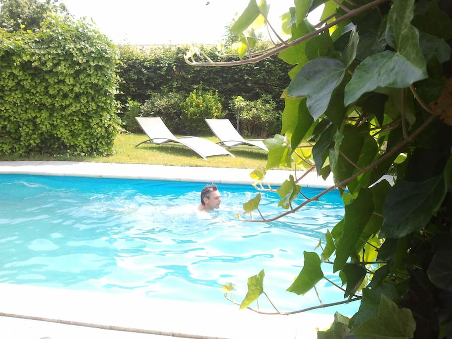 buiten zwembad voor vrij gebruik