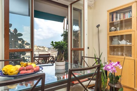 Private room in the heart of genoa
