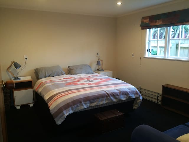 Private bedroom and bathroom - Upper Hutt