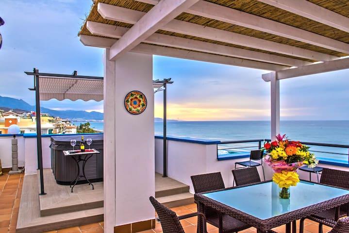 Spectacular 3Bedroom Penthouse on Peñoncillo Beach