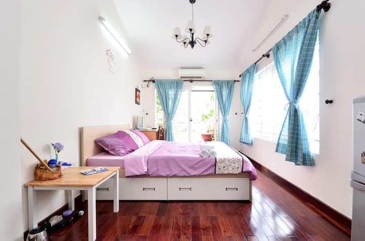 Private room with garden in Central Saigon!
