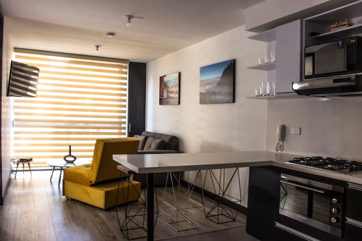 NEW! Amazing apartment near everything (Downtown)
