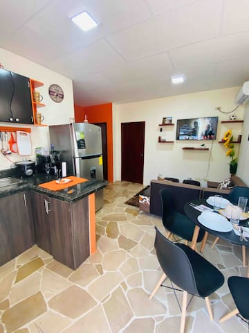 WONDERFUL AND COZY APARTMENT  (NORTE GUAYAQUIL)