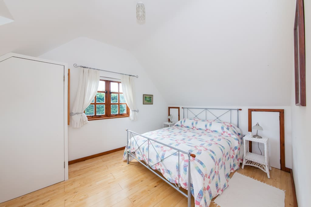 Large airy bedroom with amazing contryside views!