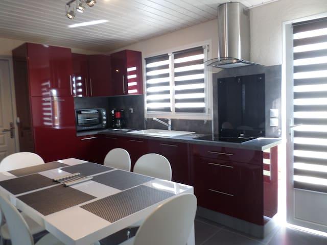 maison entièrement rénovée (wifi) - La Barre-de-Monts - House