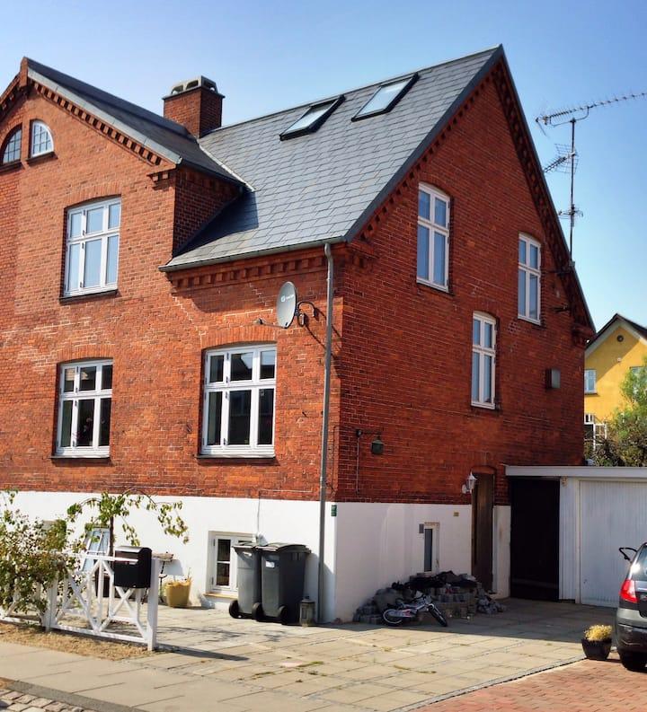 Cosy townhouse in Copenhagen City