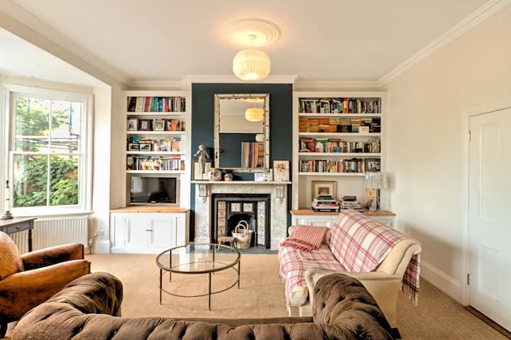 Double Room Central Farnham