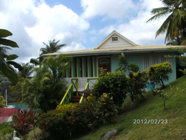 Lovely Villa with spectacular view - Marigot Bay - Rumah