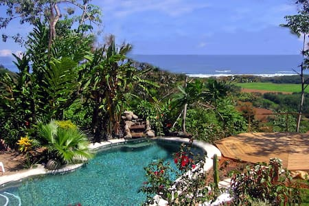 Oceanview Las Estrellas de Hatillo  - Dominical - Bed & Breakfast