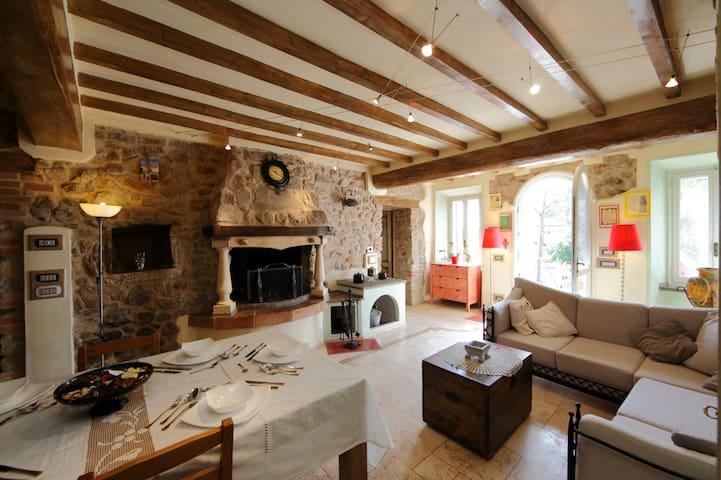 Villa Dacia , confort &relax - Guiglia