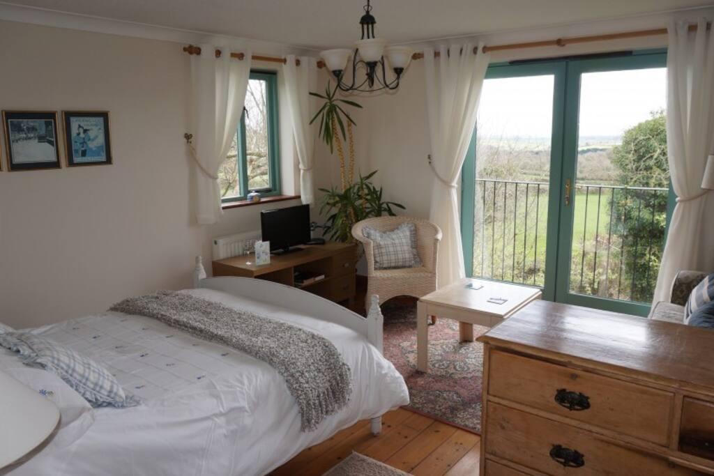 Deluxe double room with balcony b b pernottamento e - Asciugatrice in balcone ...