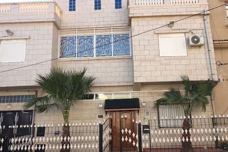 Très belle villa à Ain turk