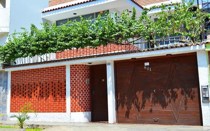 Casa Completa en los olivos