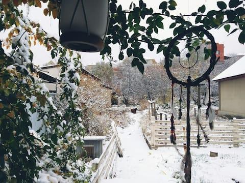 Дом в экологически чистом районе Алматы