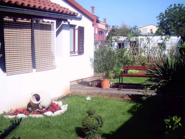 house for 4 persons with WLAN in Fažana R11787