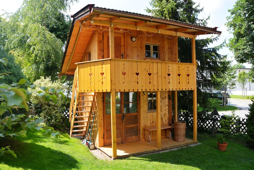 baumhaus murnau 1 5 schlafpl tze baumh user zur miete in. Black Bedroom Furniture Sets. Home Design Ideas