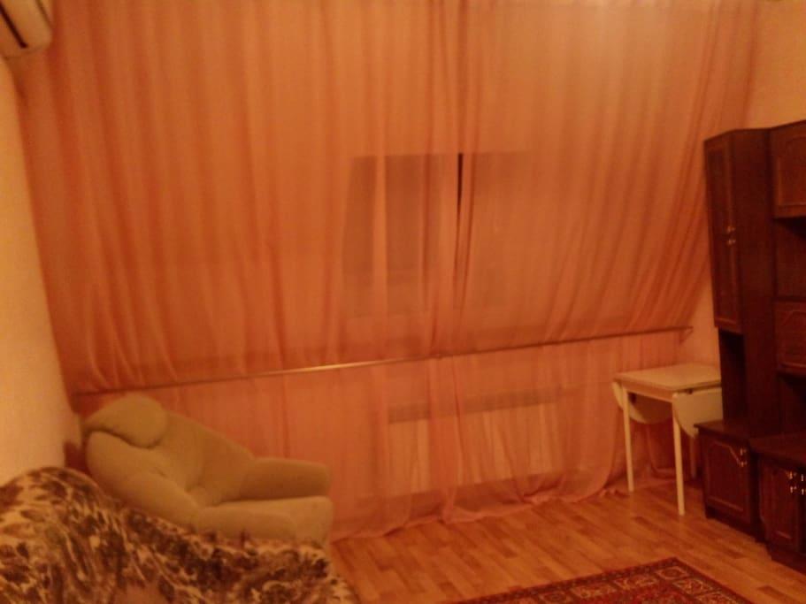 Дополнительно можно организовать 2 спальных места на надувном матрасе.
