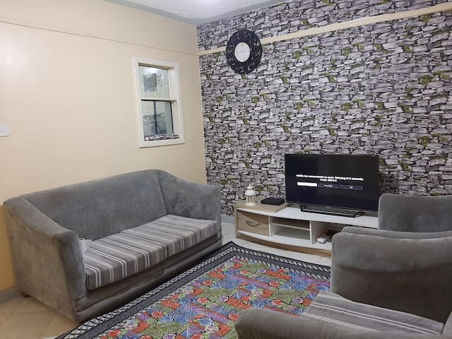 Modern furnished 1bedroom near TRM