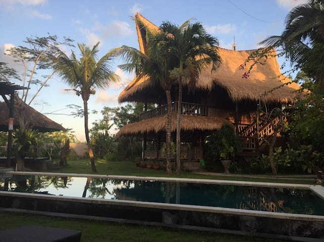 3 BD House for rent Bali Cozy Traditional Joglo. - Mengwi - Casa