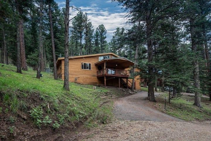 Sierra Sky Retreat -- Quiet, Private, Amazing!