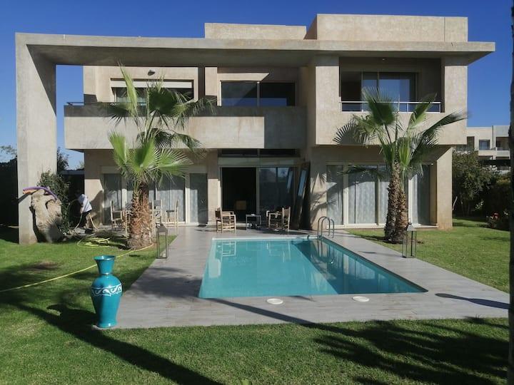 Villa moderne luxe academy