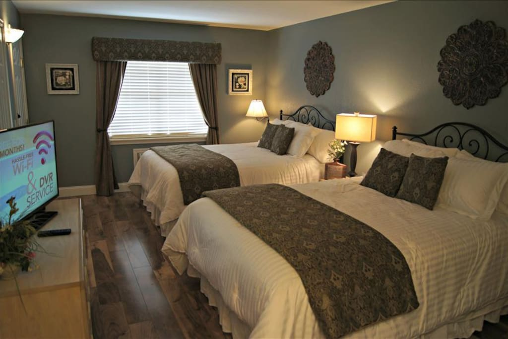 Large Second Bedroom with Two Queens