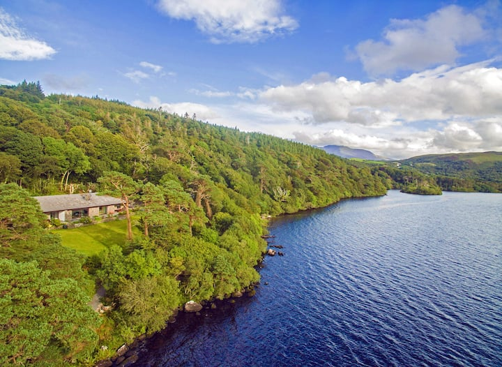 CARAGH LAKE HOUSE - VIEWS, VIEWS, VIEWS!