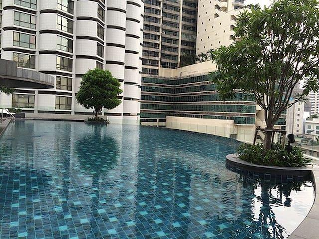 Sukhumvit 15 Condo 59sqm @Nana-Asoke - Vadhana - Apartament