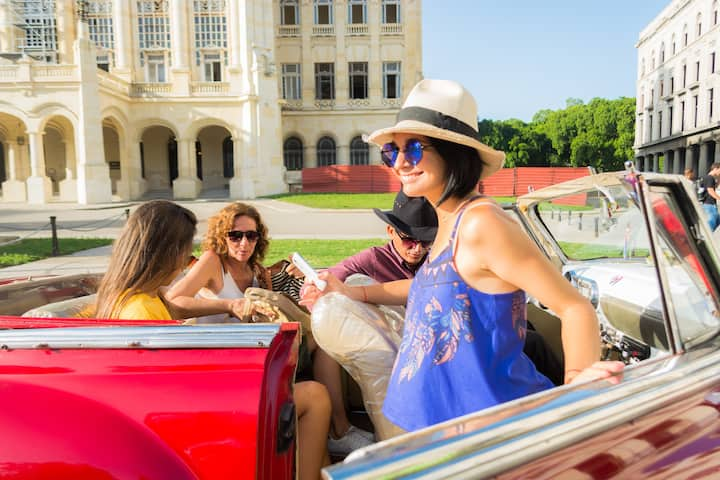 Learn  about cuban culture and society