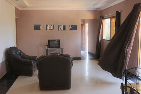 Tofo Central Rooms To Let - Inhambane - Apartment