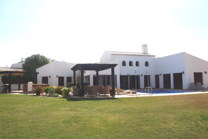 Stunning 5 bedroom villa - El Valle, Murcia region