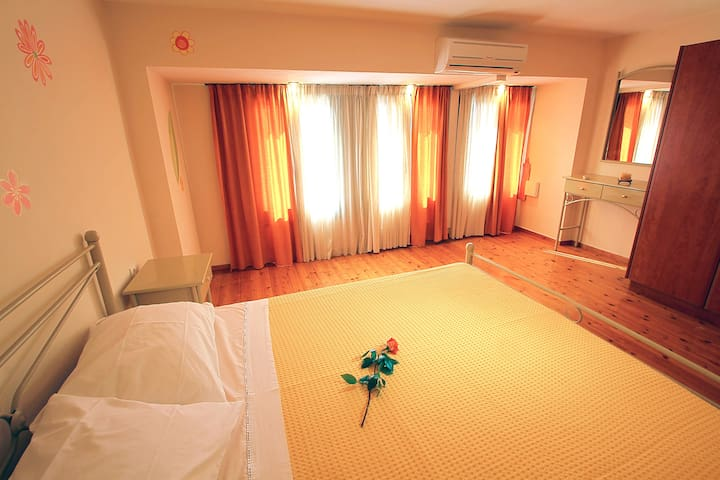 House No2 - Two bedrooms with balcony-garden view