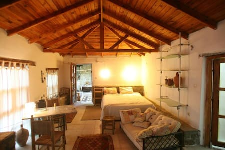 Restauriertes Dorfgebäude - Kumluca - Bed & Breakfast