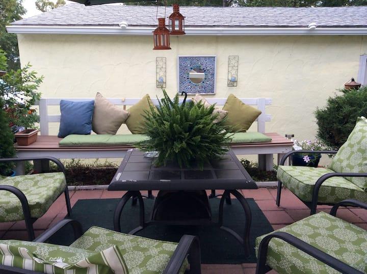 2 Bed/1 bath, Private patio & deck, 420 friendly!